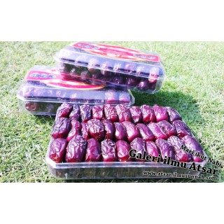 Kurma Safawi 500gram (Al-Haramain Dates)